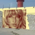 1) Monica Vitti protagonista del bozzetto dell'opera che Icks realizzerà alla lanterna Rossa del porto.