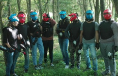 1-giocatori-di-paintball
